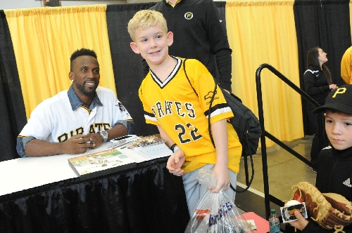 Andrew McCutchen: 'I'm glad to be here, still wearing 22 on my back and in a Pirates jersey'