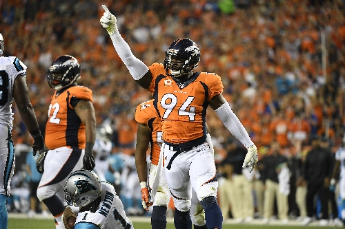 Kiszla: Broncos star DeMarcus Ware warns Tennessee maulers: 'You're not going to push us around'