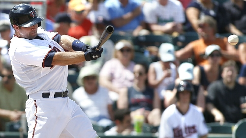 MLB trade rumors 2016: Giants, Dodgers in battle for Brian Dozier