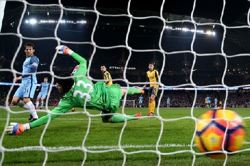 Arsenal performance at Man City sparks incredible claim