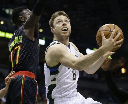 Cleveland Cavaliers vs. Milwaukee Bucks: Live updates and chat Game 27
