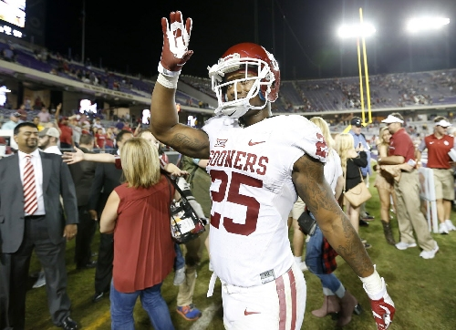 Joe Mixon needs to be suspended for the Sugar Bowl; players skipping bowl games won't be a widespread trend