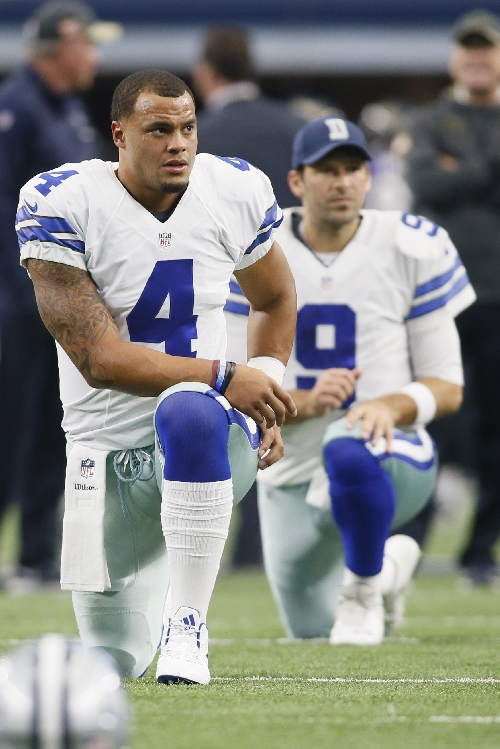 Jerry Jones: Cowboys don't plan on resting Dak Prescott to play Tony Romo