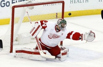 Detroit Red Wings G Petr Mrazek Must Step Up in Howard's Absence