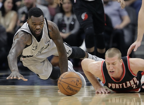 Green, Parker help Spurs rally to beat Trail Blazers The Associated Press