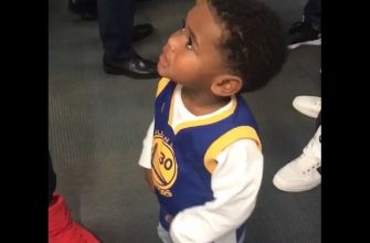 This meeting between Steph Curry and Torrey Smith's 2-year-old son is just too cute