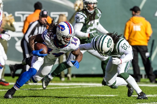 Sammy Watkins (hip) leaves Jets game