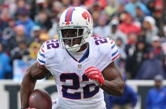 Reggie Bush sets embarrassing rushing record