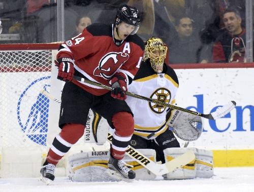 Schneider makes 22 saves as Devils beat Bruins, 3-0 The Associated Press