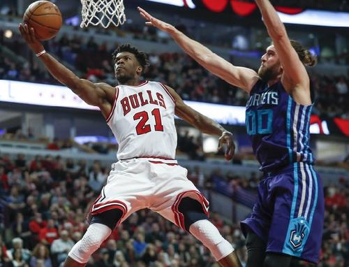 Butler has 52 to help Bulls top Walker, Hornets The Associated Press