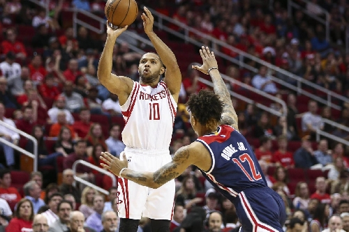 Despite slow start, Rockets come back to beat Wizards 101-91