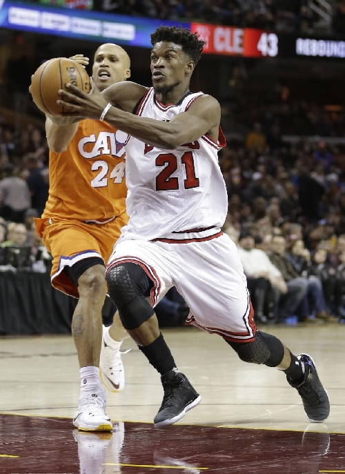Butler's big fourth leads Bulls to win over depleted Cavs The Associated Press
