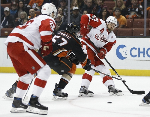 Red Wings blanked for fifth time in loss to Ducks