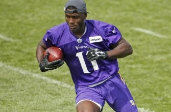 Ochocinco the latest to offer help for Vikings' Treadwell