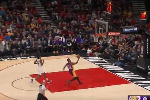 Lakers Highlights: Thomas Robinson does his best Julius Randle impression on defense