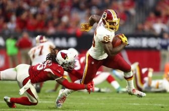 Maryland Football: Vernon Davis has resurgent year