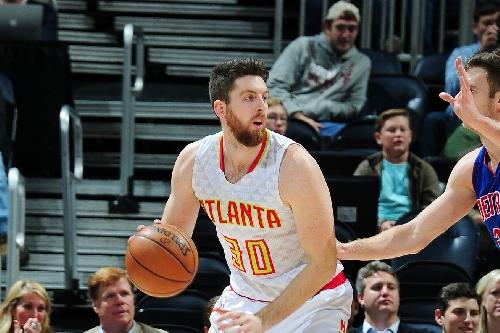 Hawks waive Ryan Kelly, per report