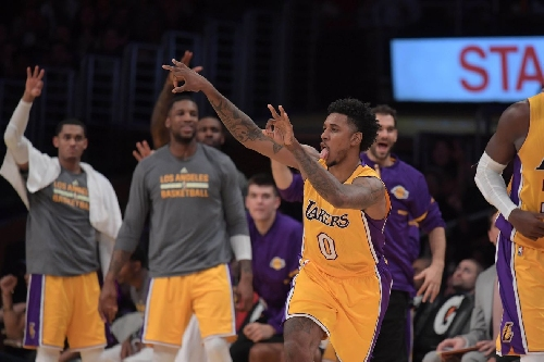 Nick Young still believes the Lakers can make the playoffs