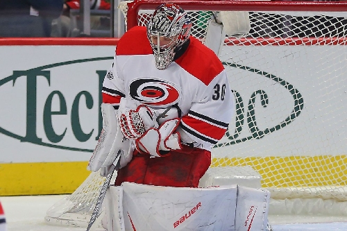 Watch: Cam Ward robs Patrick Kane on a breakaway