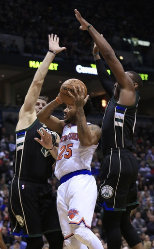 Knicks rally from 18 down, beat Bucks 116-111 to snap skid The Associated Press