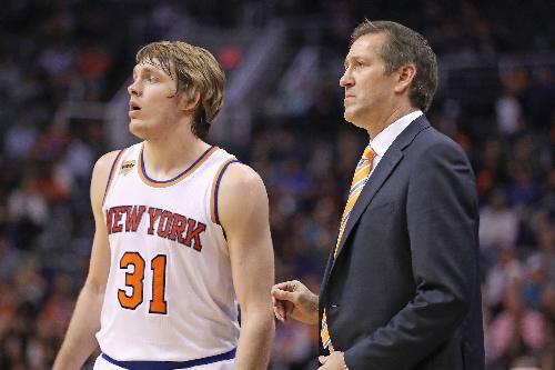 Will Knicks coach make easy or risky move with Ron Baker?