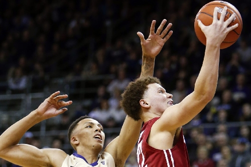 Cougars can't keep pace, fall to Ducks