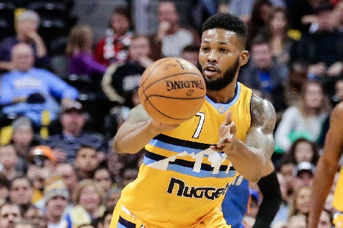 The Nuggets re-sign Alonzo Gee to a 10-day contract