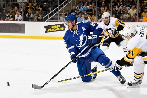 Same story, different day: Lightning fall to the Penguins 6-2
