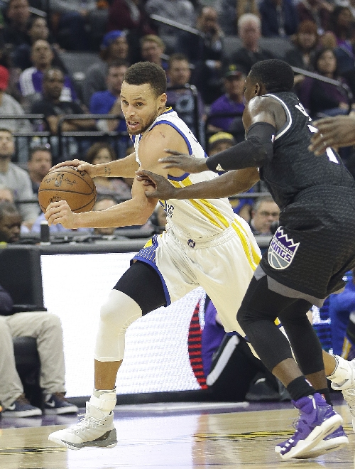 Curry leads Warriors to a big second half, win over Kings The Associated Press