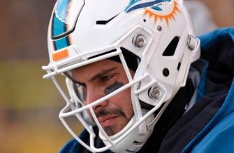 NFL begins review of concussion protocol on Miami QB Moore