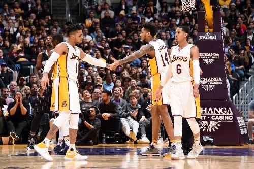 Lakers Podcast: ESPN's John Ireland on the Lakers' progress, trade deadline chatter and Shaq/Kobe stories