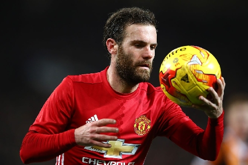 Manchester United 2-0 Hull City: Mata the difference in EFL Cup semi-final