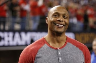 Former Tennessee Titans Great Eddie George Reflects on Exotic Smashmouth, Derrick Henry, & DeMarco Murray