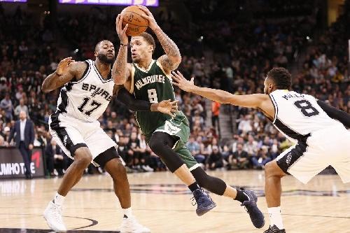 Bucks vs. Spurs Final Score: Beasley Lifts Bucks to Improbable Victory, 109-107