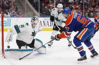 Boedker's hat trick leads Sharks to 5-3 win over Oilers