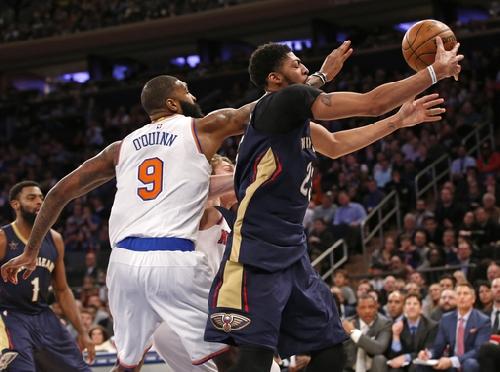 NBA fines Knicks' O'Quinn $25K for foul on Pelicans' Davis The Associated Press