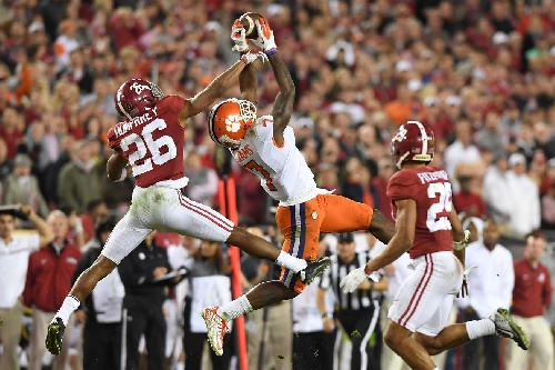 Clemson WR Mike Williams declares for 2017 NFL Draft