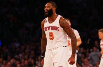 NBA fines Knicks' Kyle O'Quinn for flagrant foul that injured Anthony Davis