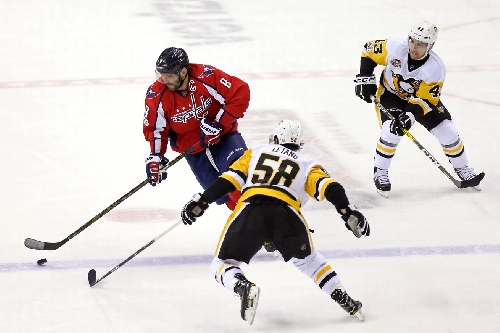 Penguins vs. Capitals: Ovechkin's night helps sink Pittsburgh, Caps win 5-2