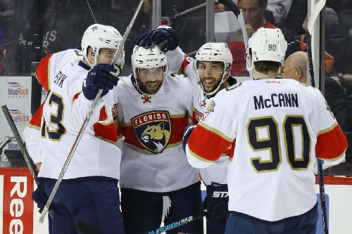 Panthers hang on for 2-1 win over Islanders