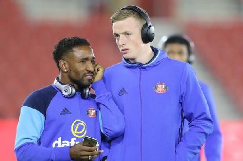 Sunderland stars Jermain Defoe and Jordan Pickford battle for your player of the season - who wins?
