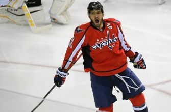 Alex Ovechkin's latest achievement hasn't distracted from his ultimate goal