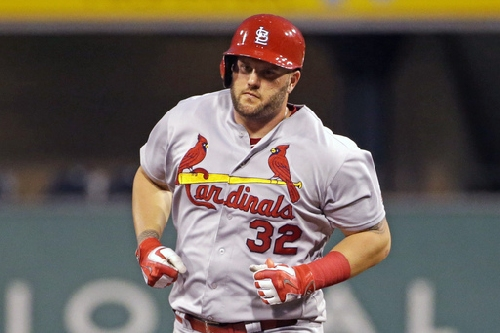 Cardinals, DH Matt Adams agree to $2.8 million contract The Associated Press