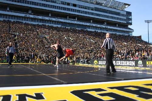 No. 3 Hawkeye Wrestling Takes on No. 1 Oklahoma State: Your Primer