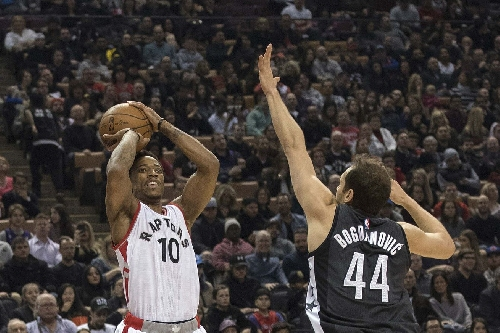 Raptors wake up in 4th, blow out Nets 132-113