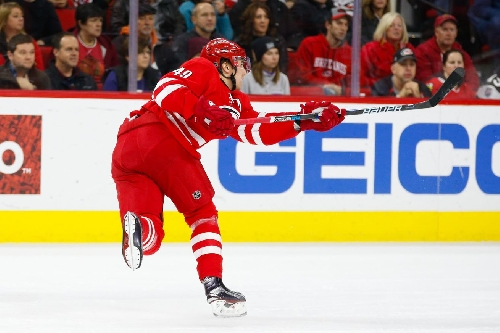 Watch: Victor Rask Puts the Hurricanes Up 4-2