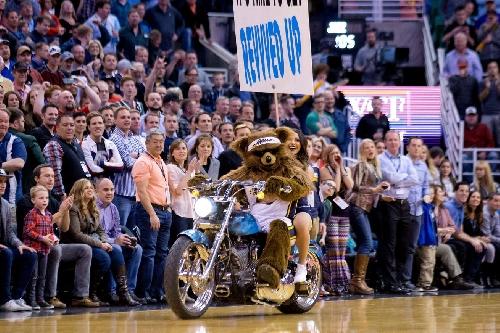 Utah Jazz vs Orlando Magic: Overtone - Mascot Deathmath!