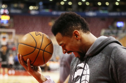 Jared Sullinger's challenge is to adapt to Raptors teammates