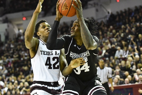 Mississippi State Men's Basketball Takes Down Texas A&M 67-59