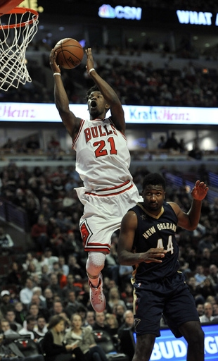 Dwyane Wade has big 4th quarter, leads Bulls past Pelicans The Associated Press